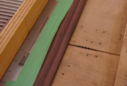 Fret cutting jig, with engraved fret scale